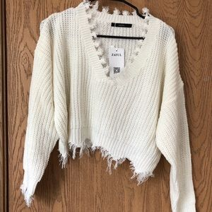Zaful white distressed crop sweater